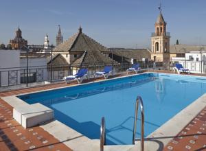 Cheap Hotels Near Seville Airport