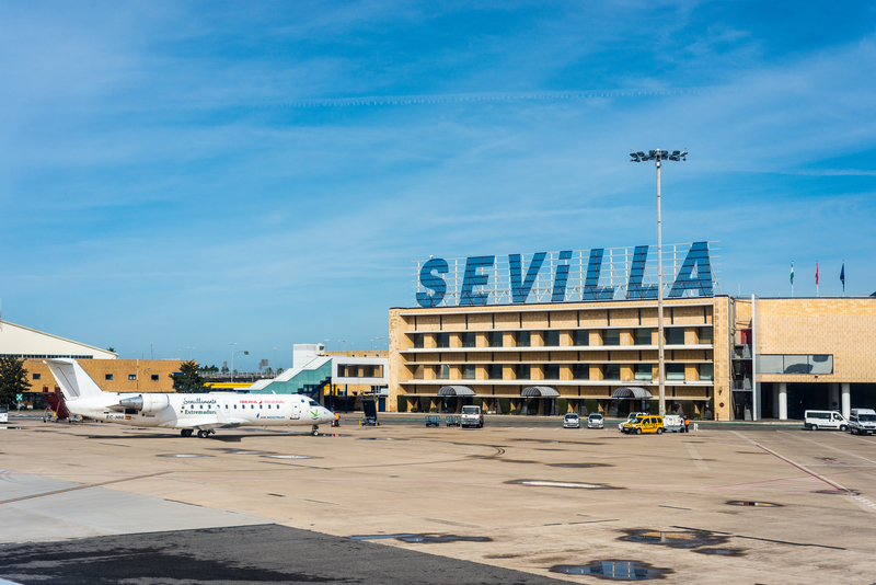 San Pablo Airport (IATA: SVQ) is located 10 kilometres east of Sevilla city centre.